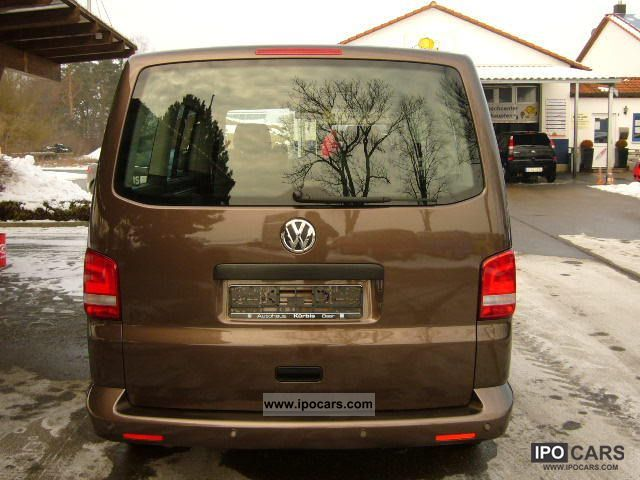 Volkswagen Multivan 2.0 2010 photo - 6