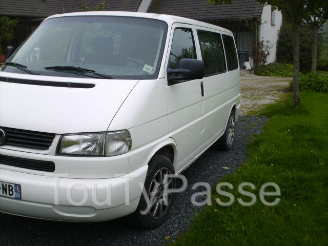 Volkswagen Multivan 2.8 1999 photo - 2