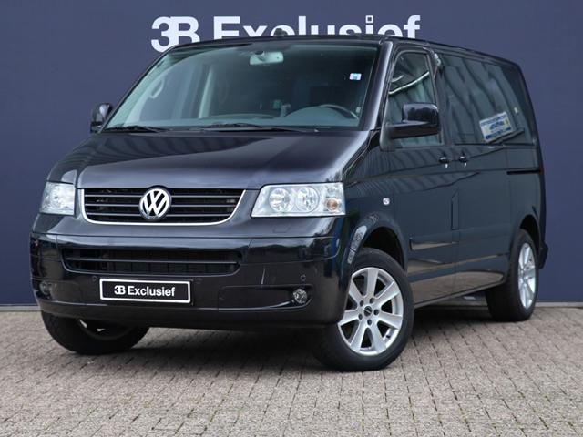 Volkswagen Multivan 3.2 2008 photo - 4