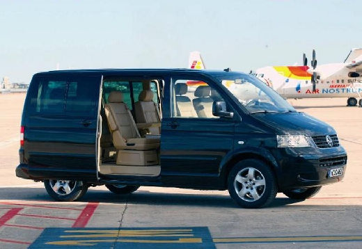 Volkswagen Multivan 3.2 2008 photo - 8