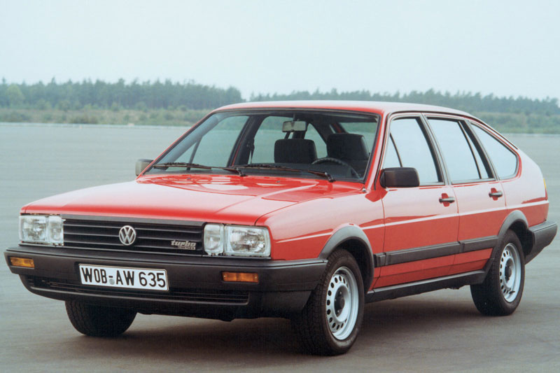 Volkswagen Passat 1.3 1985 photo - 7