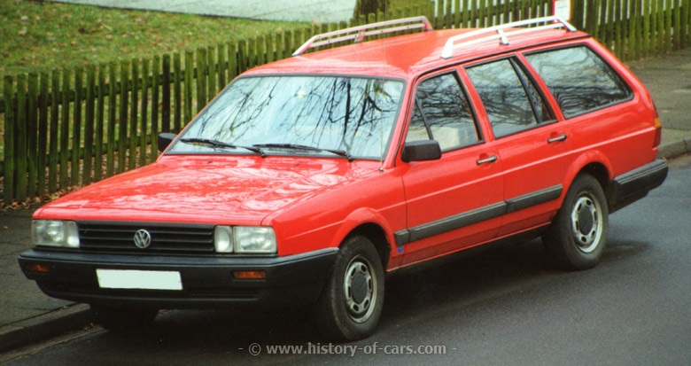 Volkswagen Passat 1.3 1985 photo - 9