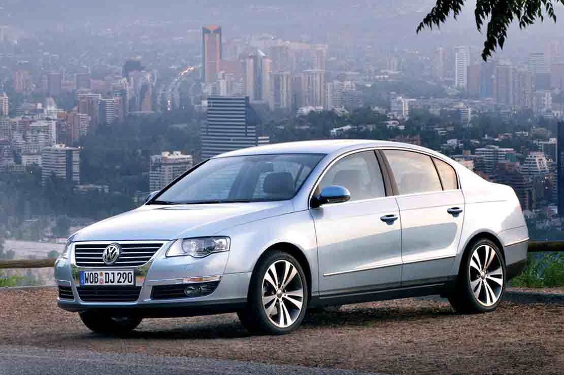 Volkswagen Passat 1.4 2010 photo - 8