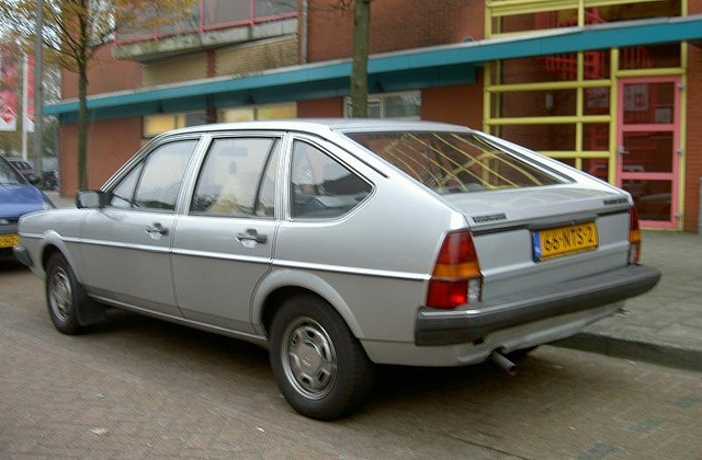 Volkswagen Passat 1.6 1983 photo - 1