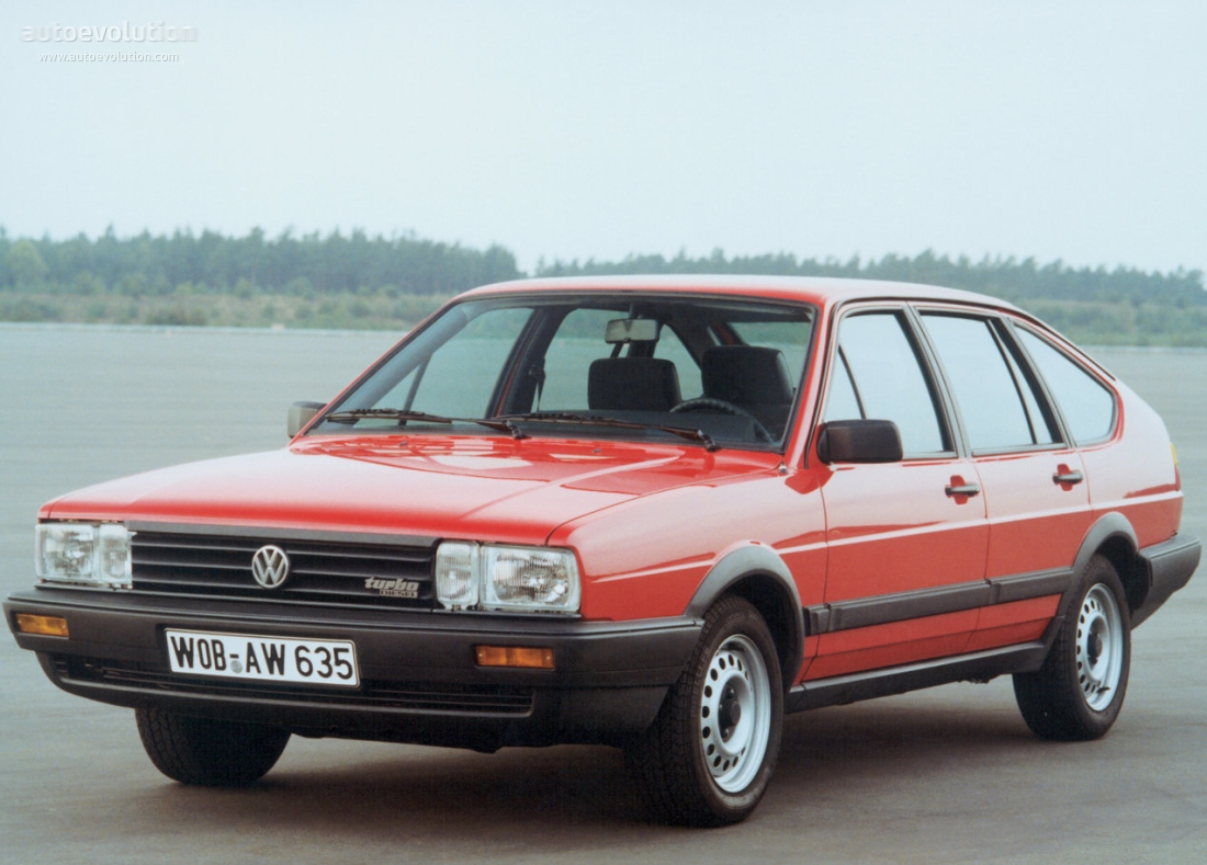 Volkswagen Passat 1.6 1983 photo - 8