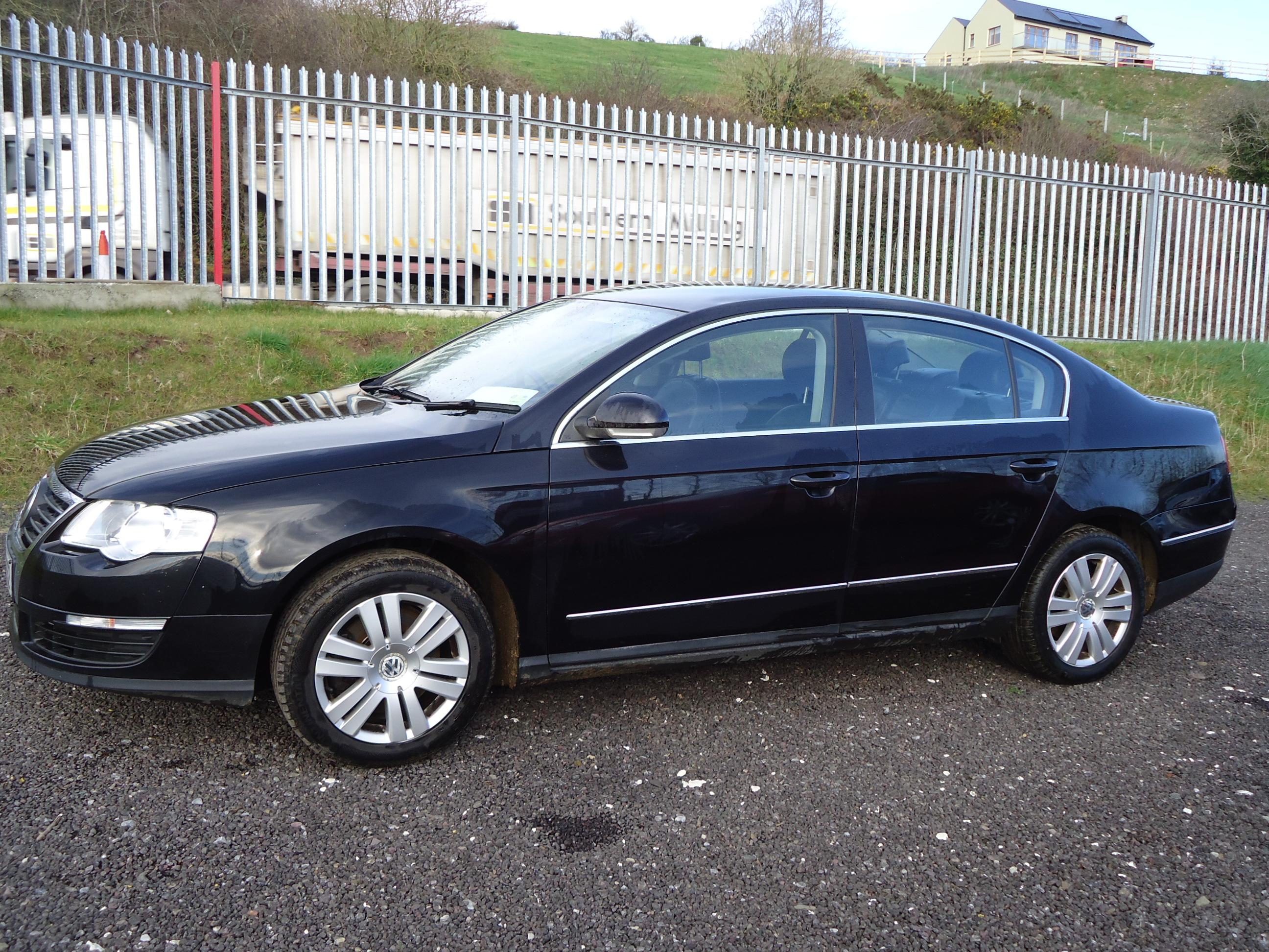 Volkswagen Passat 1.6 2006 photo - 1