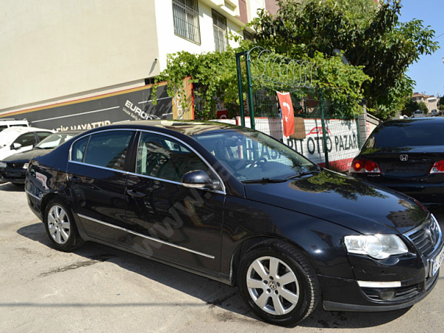Volkswagen Passat 1.6 2008 photo - 10