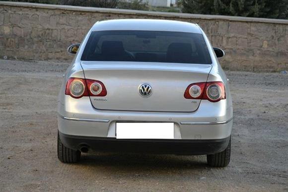 Volkswagen Passat 1.6 2008 photo - 9