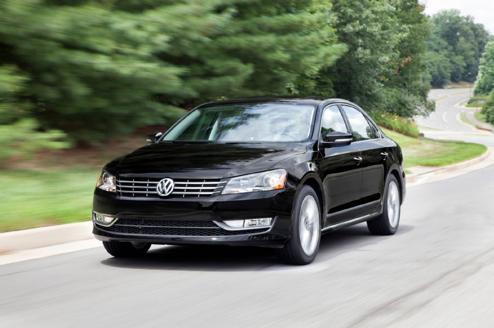 Volkswagen Passat 1.8 2014 photo - 11