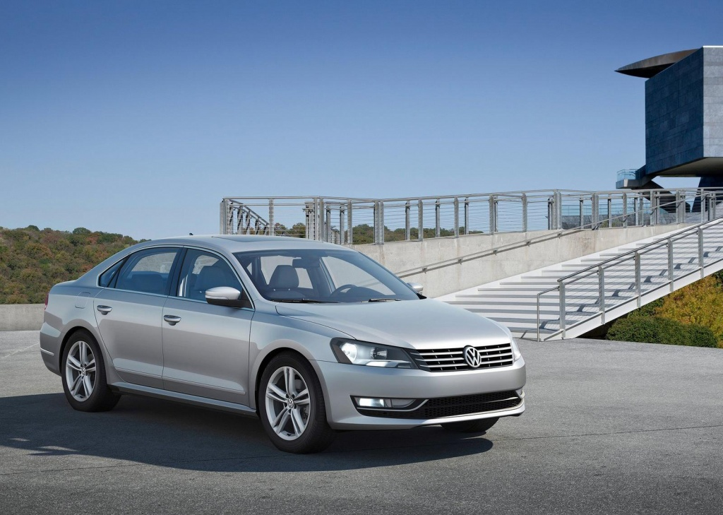 Volkswagen Passat 1.8 2014 photo - 8