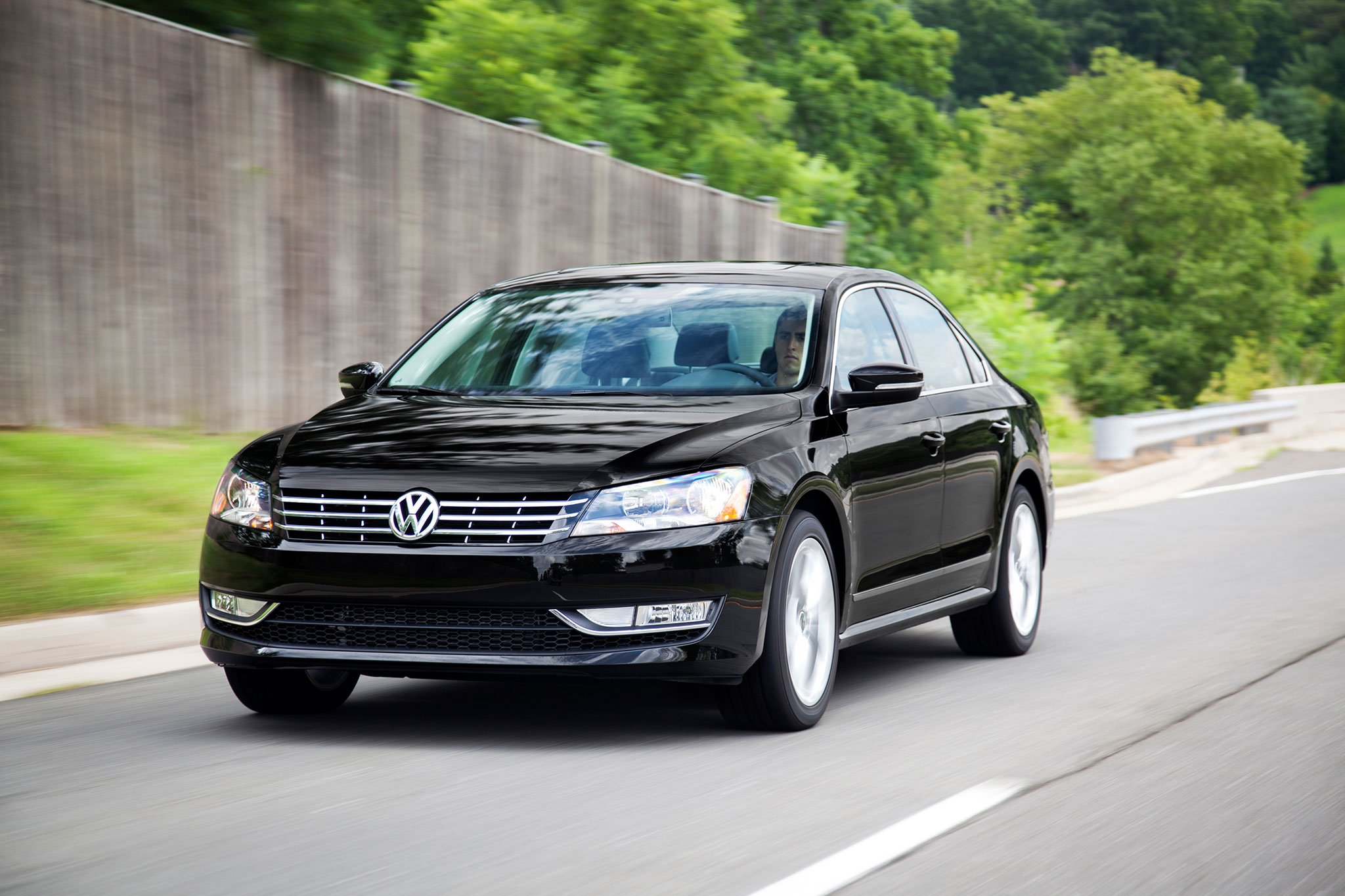 Volkswagen Passat 1.8 2014 photo - 9