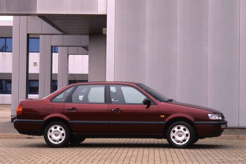 Volkswagen Passat 1.9 1987 photo - 9