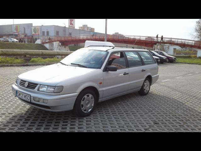 Volkswagen Passat 1.9 1995 photo - 7