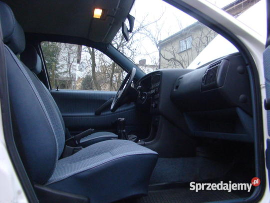 Volkswagen Passat 1.9 1995 photo - 8