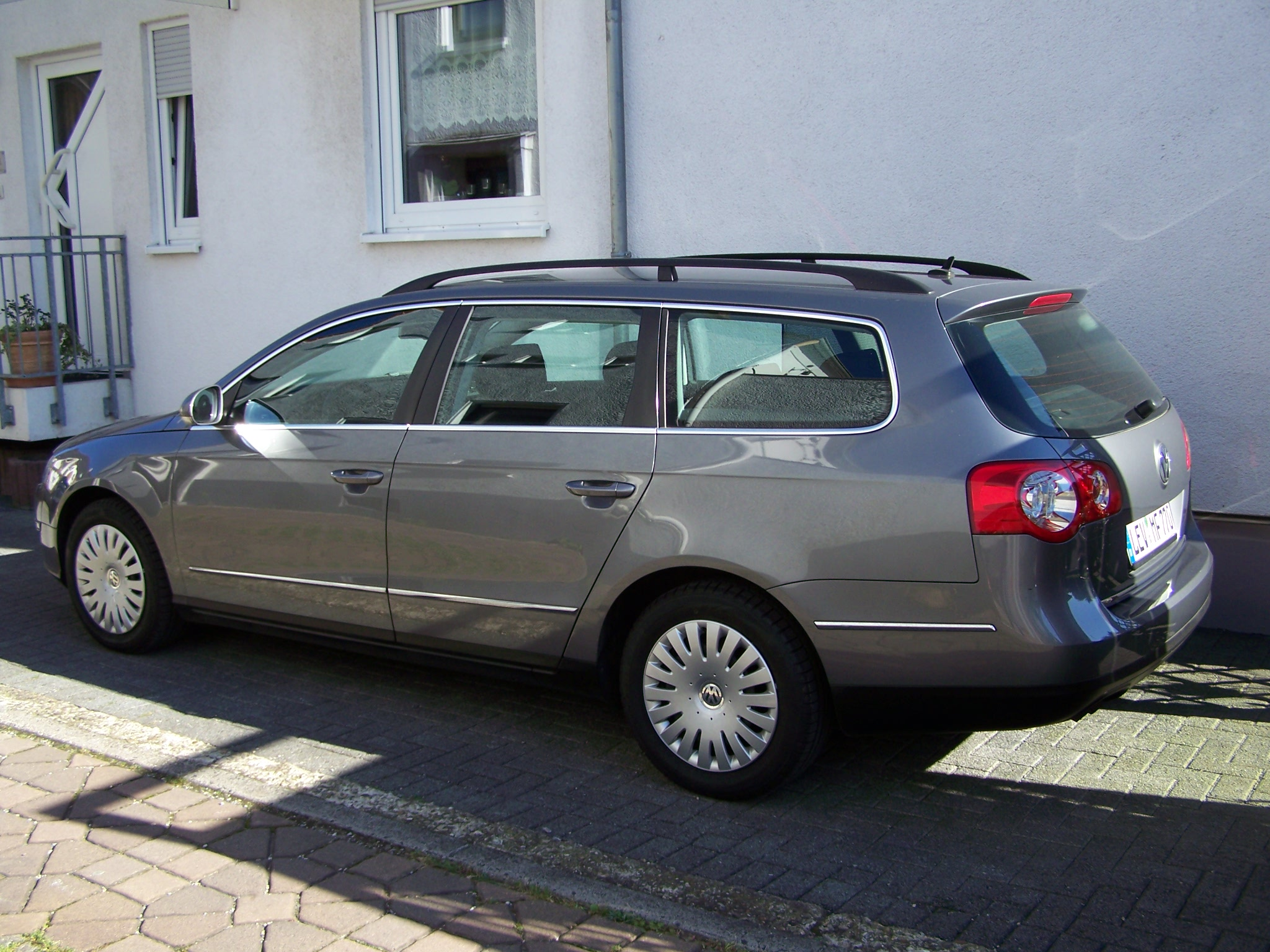 Volkswagen Passat 1.9 1996 photo - 6