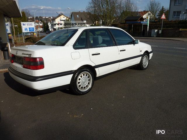 Volkswagen Passat 1.9 1996 photo - 9