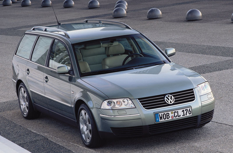 Volkswagen Passat 1.9 2000 photo - 9