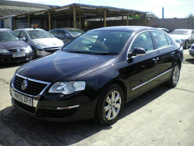 Volkswagen Passat 1.9 2005 photo - 1