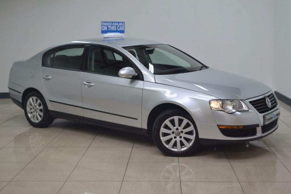 Volkswagen Passat 1.9 2005 photo - 12
