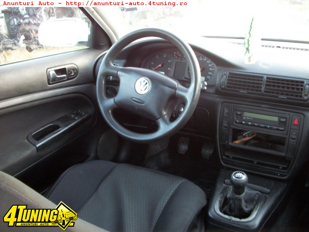 Volkswagen Passat 2.0 1999 photo - 2