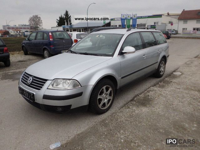 Volkswagen Passat 2.0 2004 photo - 8