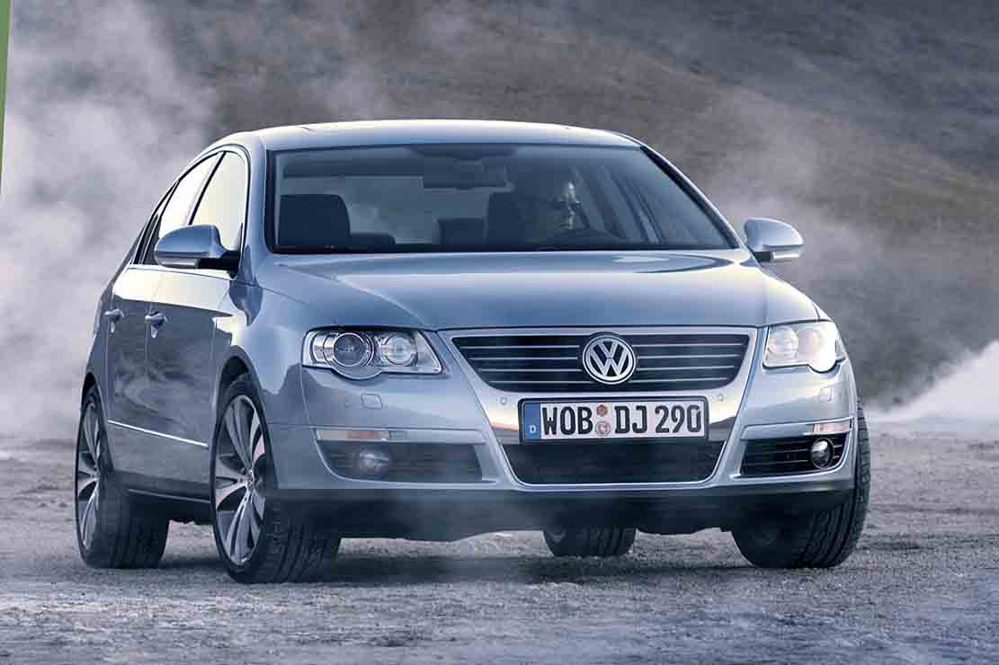 Volkswagen Passat 2.0 2009 photo - 6