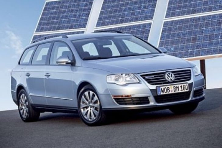 Volkswagen Passat 2.3 2008 photo - 10