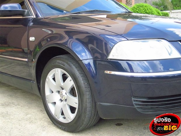 Volkswagen Passat 2.3 2008 photo - 3