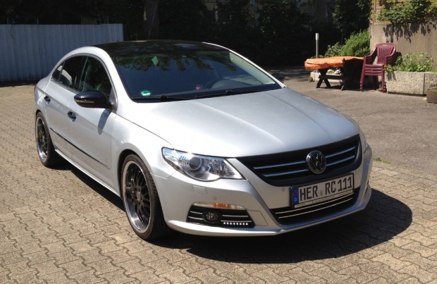 Volkswagen Passat 2.3 2008 photo - 6