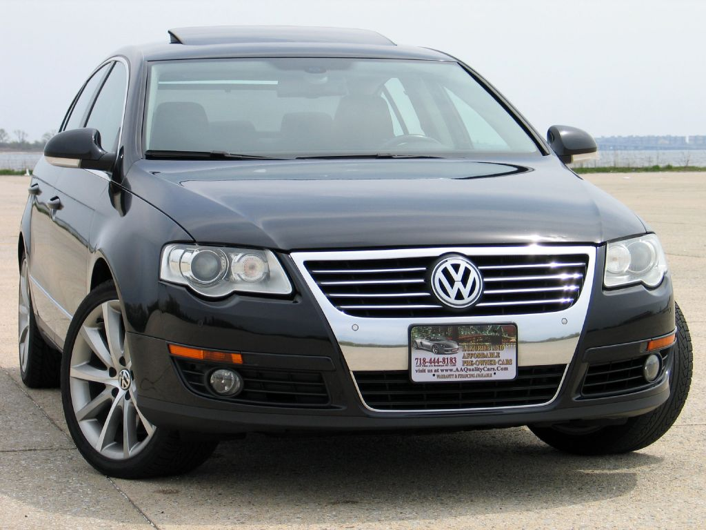 Volkswagen Passat 2.3 2008 photo - 9