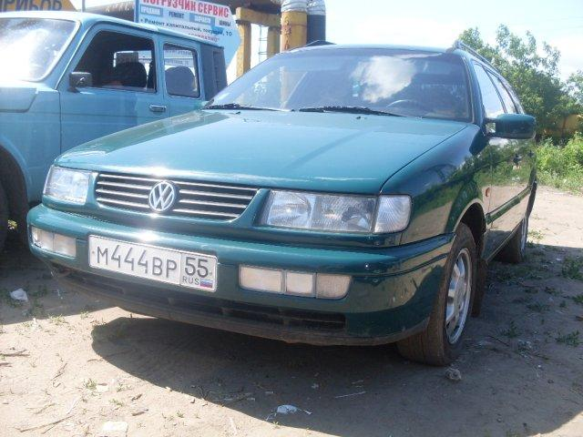 Volkswagen Passat 2.8 1994 photo - 4