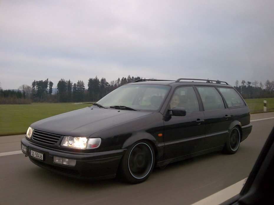 Volkswagen Passat 2.8 1994 photo - 6