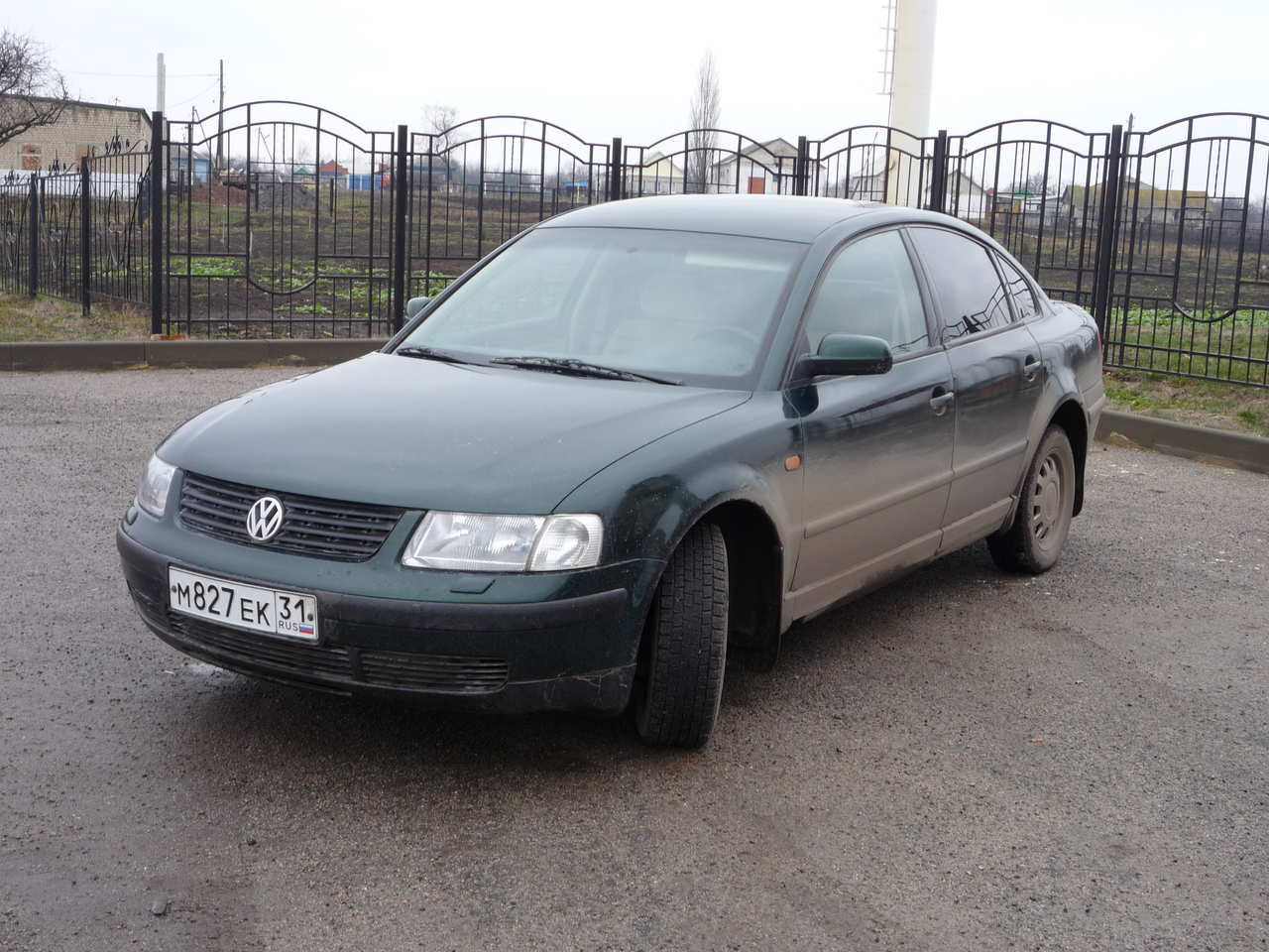 Volkswagen Passat 2.8 1997 photo - 2
