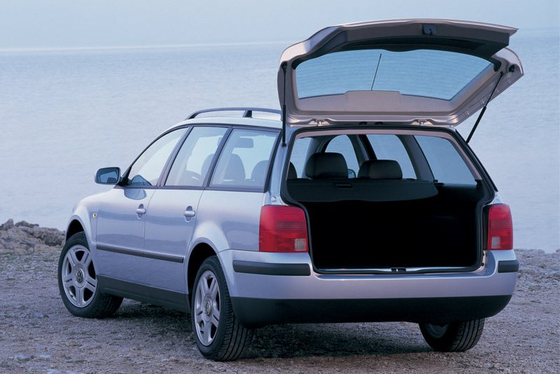 Volkswagen Passat 2.8 1997 photo - 7