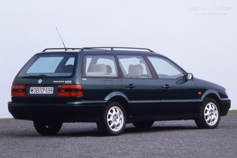 Volkswagen Passat 2.9 1993 photo - 2