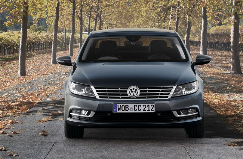 Volkswagen Passat CC 1.4 2013 photo - 10