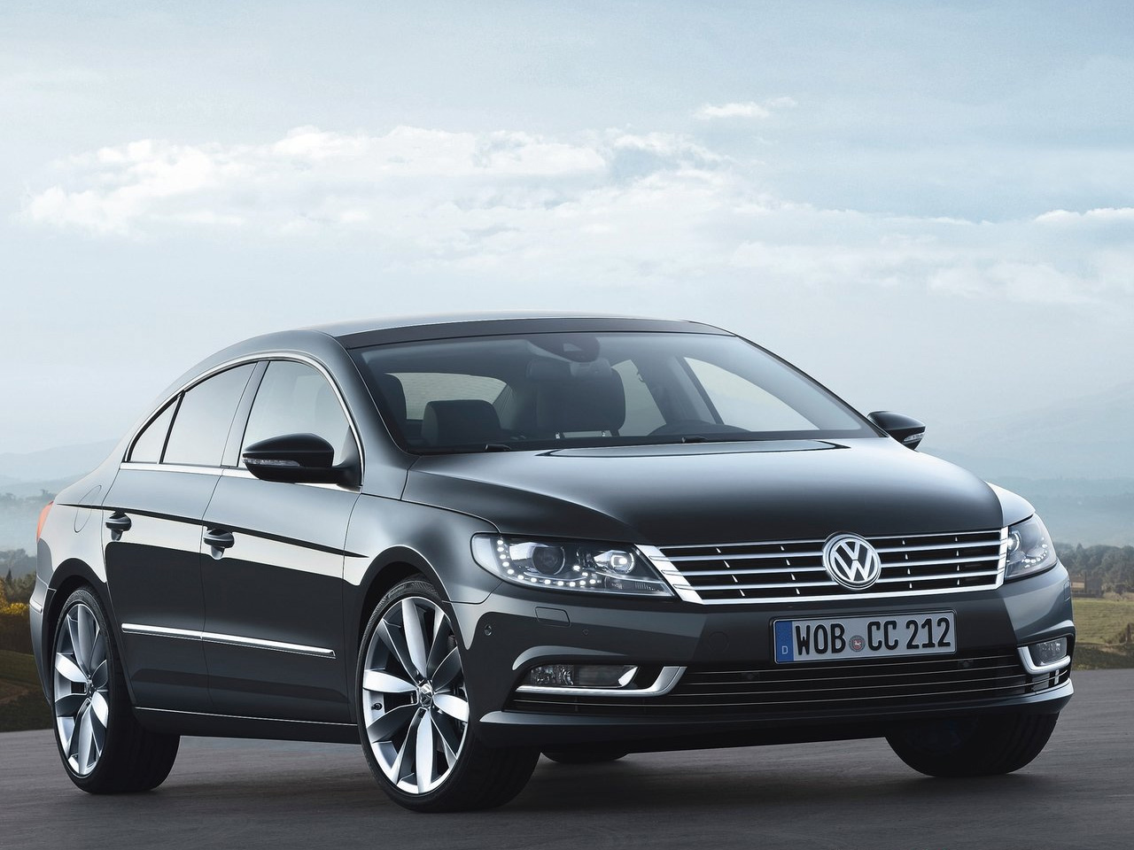 Volkswagen Passat CC 1.4 2013 photo - 3