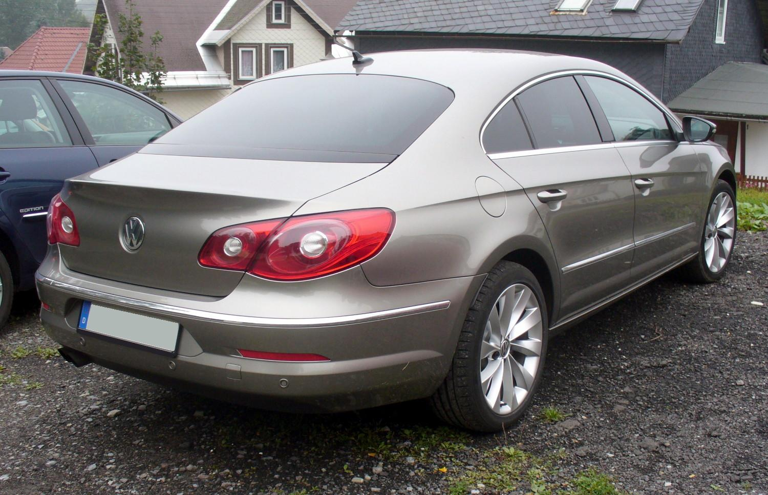 Volkswagen Passat CC 1.8 2009 photo - 1