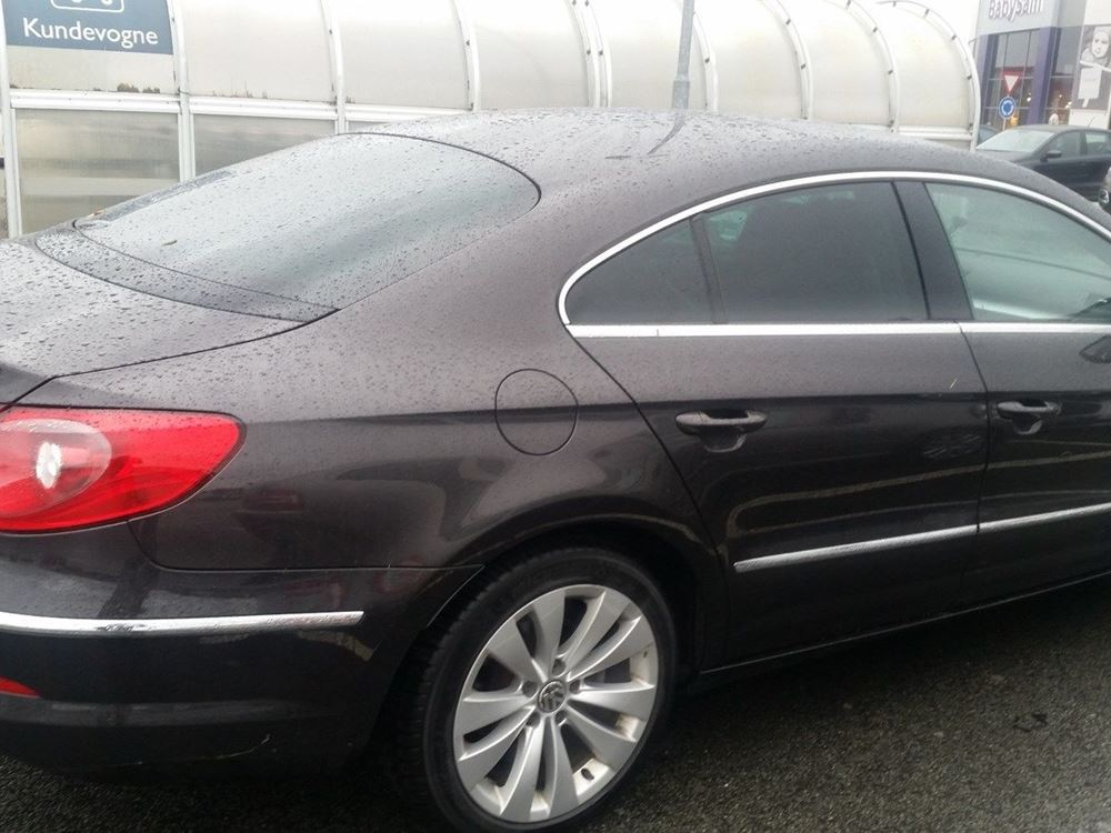 Volkswagen Passat CC 2.0 2005 photo - 8