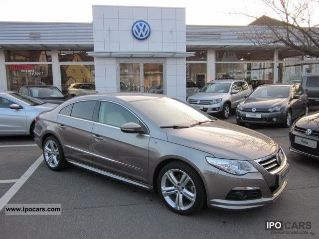 Volkswagen Passat CC 2.0 2011 photo - 11
