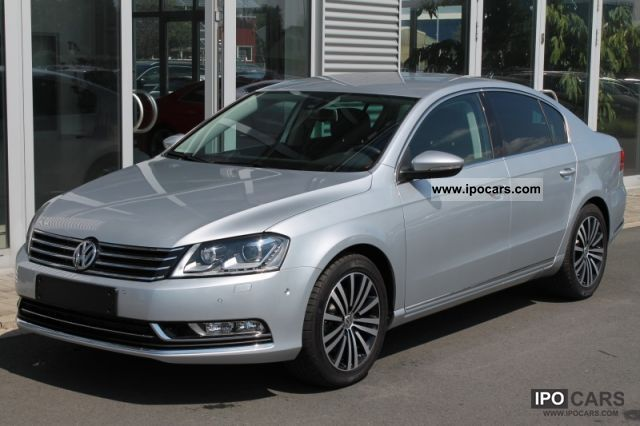 Volkswagen Passat CC 2.0 2011 photo - 9