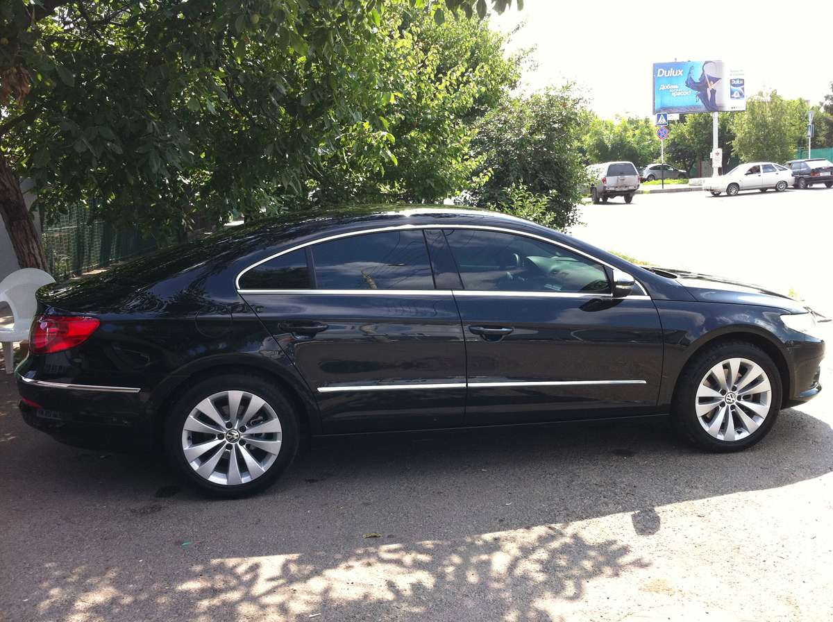 Volkswagen Passat CC 3.6 2010 photo - 2