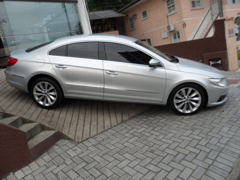 Volkswagen Passat CC 3.6 2010 photo - 8