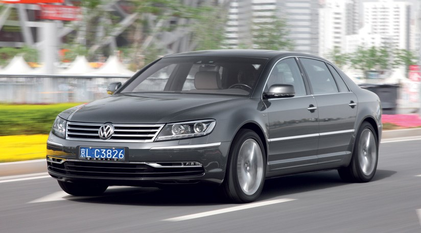 Volkswagen Phaeton 3.0 2010 photo - 10