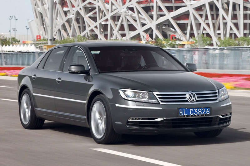 Volkswagen Phaeton 3.0 2010 photo - 11