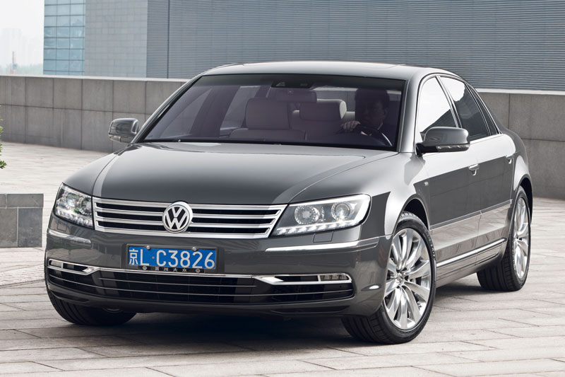 Volkswagen Phaeton 3.0 2010 photo - 9