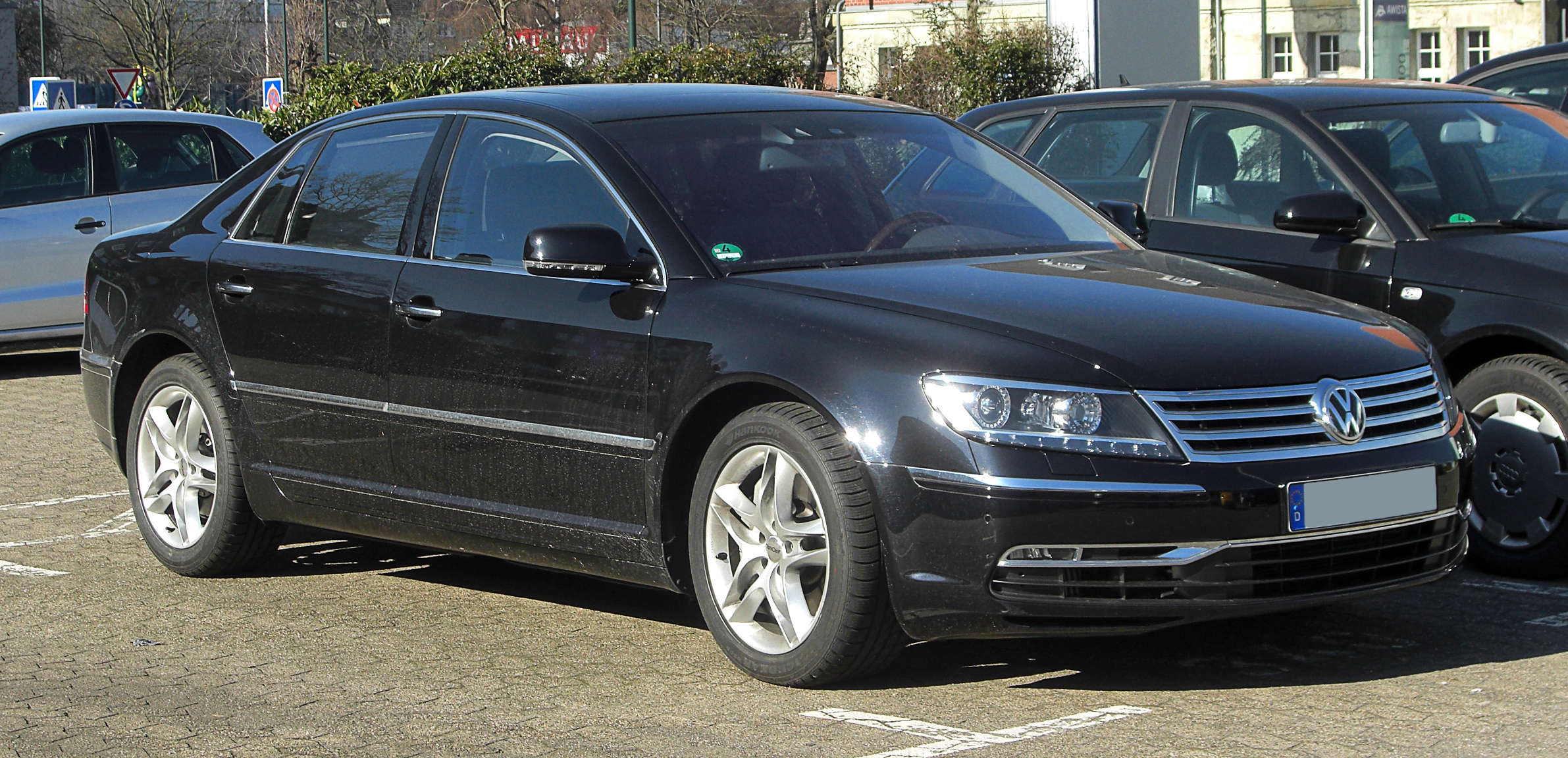 Volkswagen Phaeton 3.0 2011 photo - 3