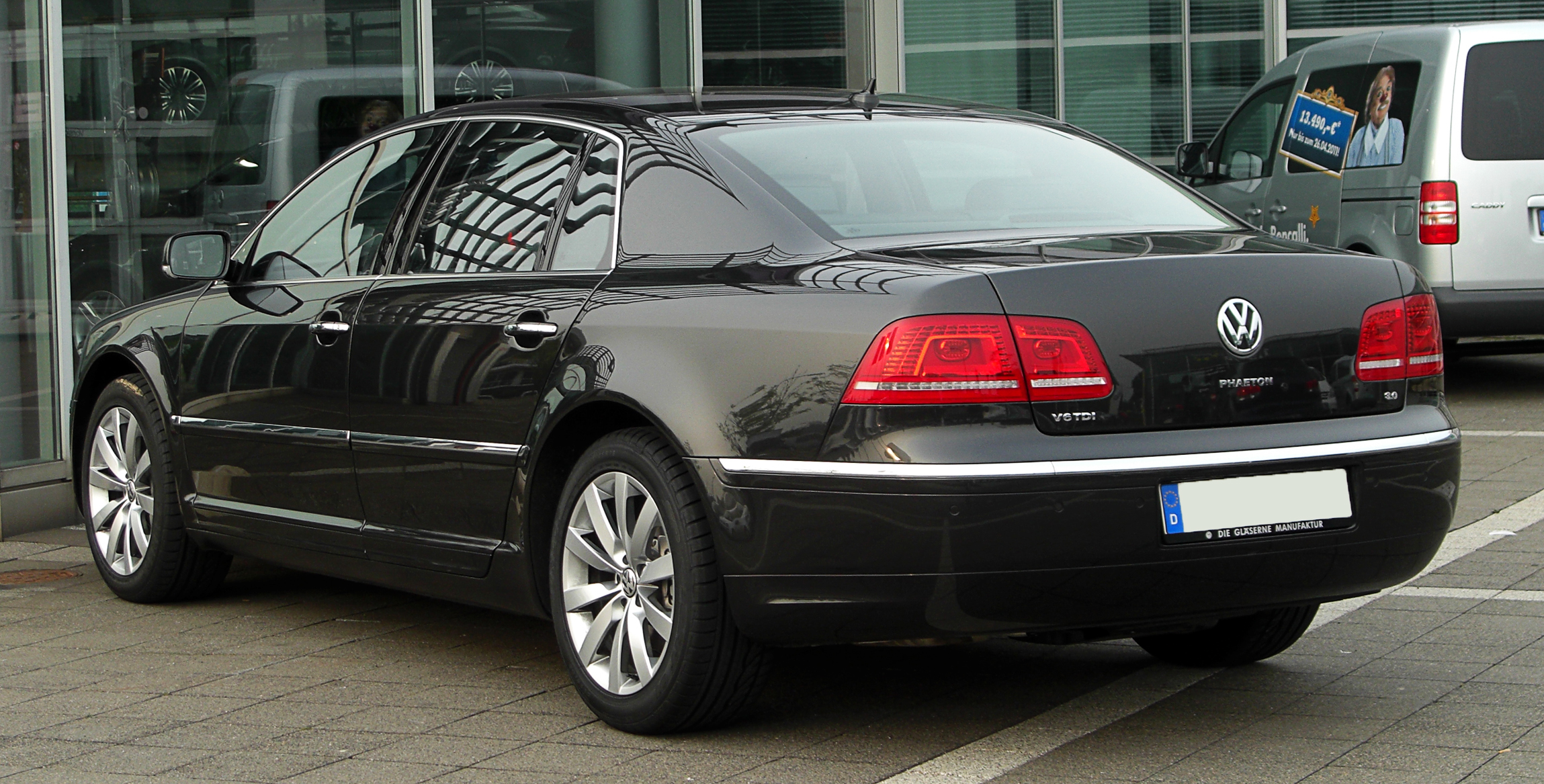 Volkswagen Phaeton 3.0 2011 photo - 4