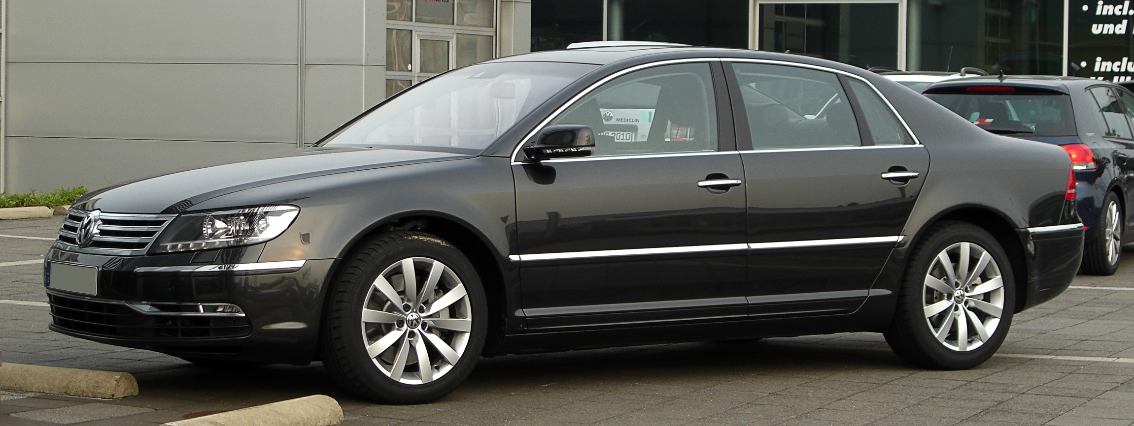 Volkswagen Phaeton 3.0 2011 photo - 6