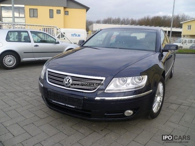 Volkswagen Phaeton 3.2 2004 photo - 1